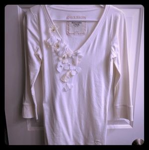 Abercrombie v neck with flower detail